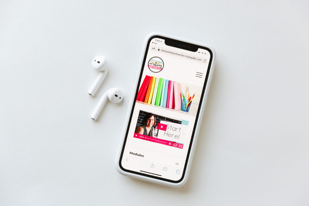 Writing masterclass on app on iPhone with AirPods.